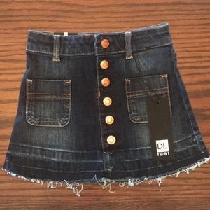 New with tags denim skirt